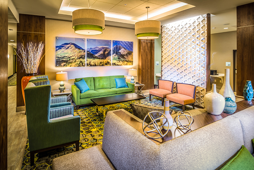 """This property is owned and managed by Pennbridge Lodging.  The Holiday Inn Express and Suites is located less than 1 mile from the Intermountain Medical Center in Murray, UT, and less than 20 miles from the internationally acclaimed """"greatest snow on earth"""" at Snowbird, Brighton, Solitude and Alta ski resorts. We… Continue Reading.."""