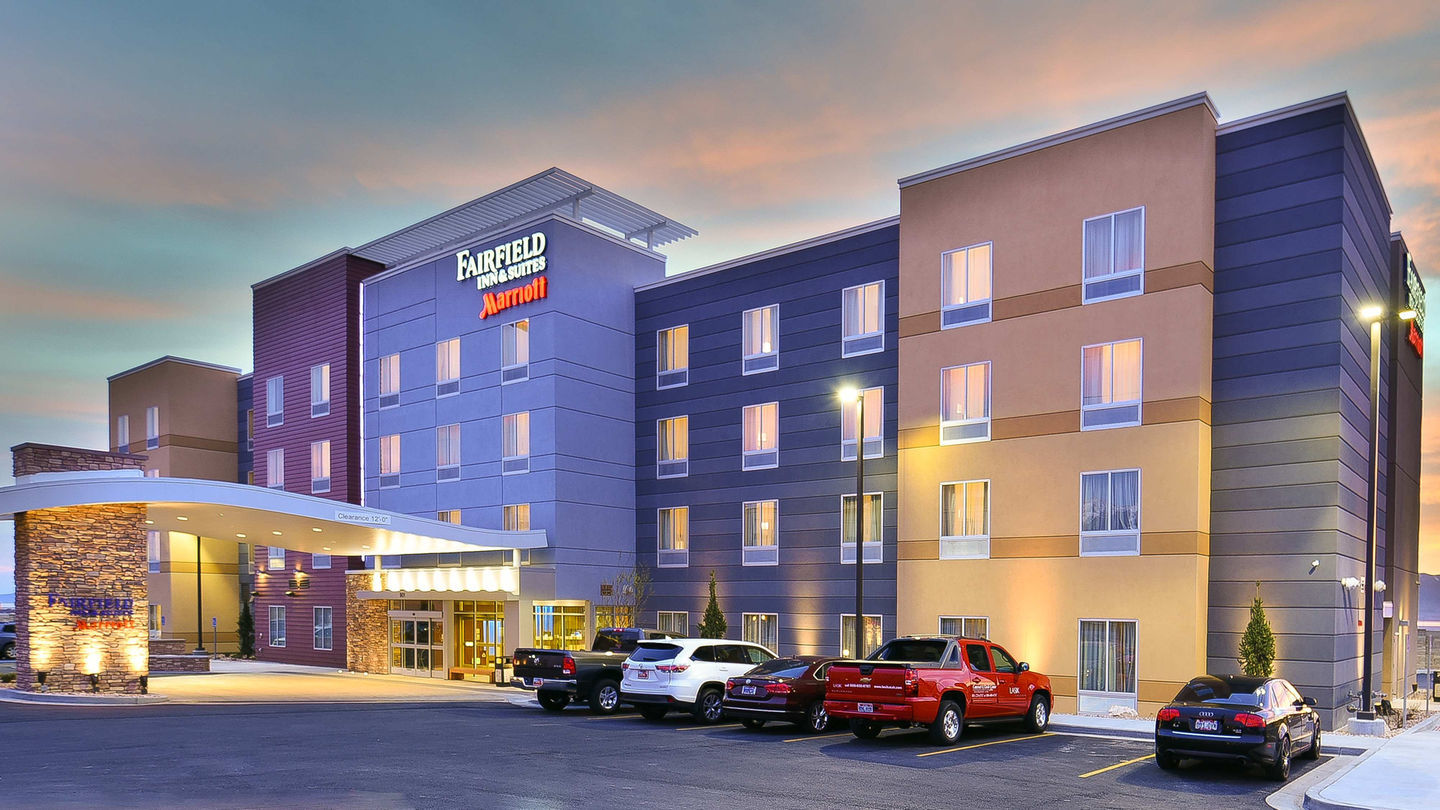 Pennbridge developed the 90-room Fairfield Inn & Suites in Orem, UT to meet the growing lodging demand of Orem City.  The Orem Fairfield Inn & Suites was constructed next door to Pennbridge's TownePlace Suites and the properties work in conjunction to capture both extended stay and transient demand.  The Fairfield… Continue Reading..