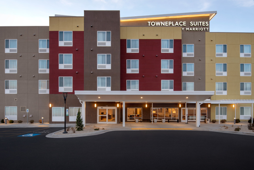 Pennbridge opened the 108-room Marriott TownePlace Suites in Twin Falls, ID on Oct 10th 2019. Located next door to Pennbridge's Fairfield Inn & Suites, the two hotels work in conjunction to fulfill the extended stay and transient lodging needs of burgeoning Twin Falls. One of the country's largest dairy markets,… Continue Reading..