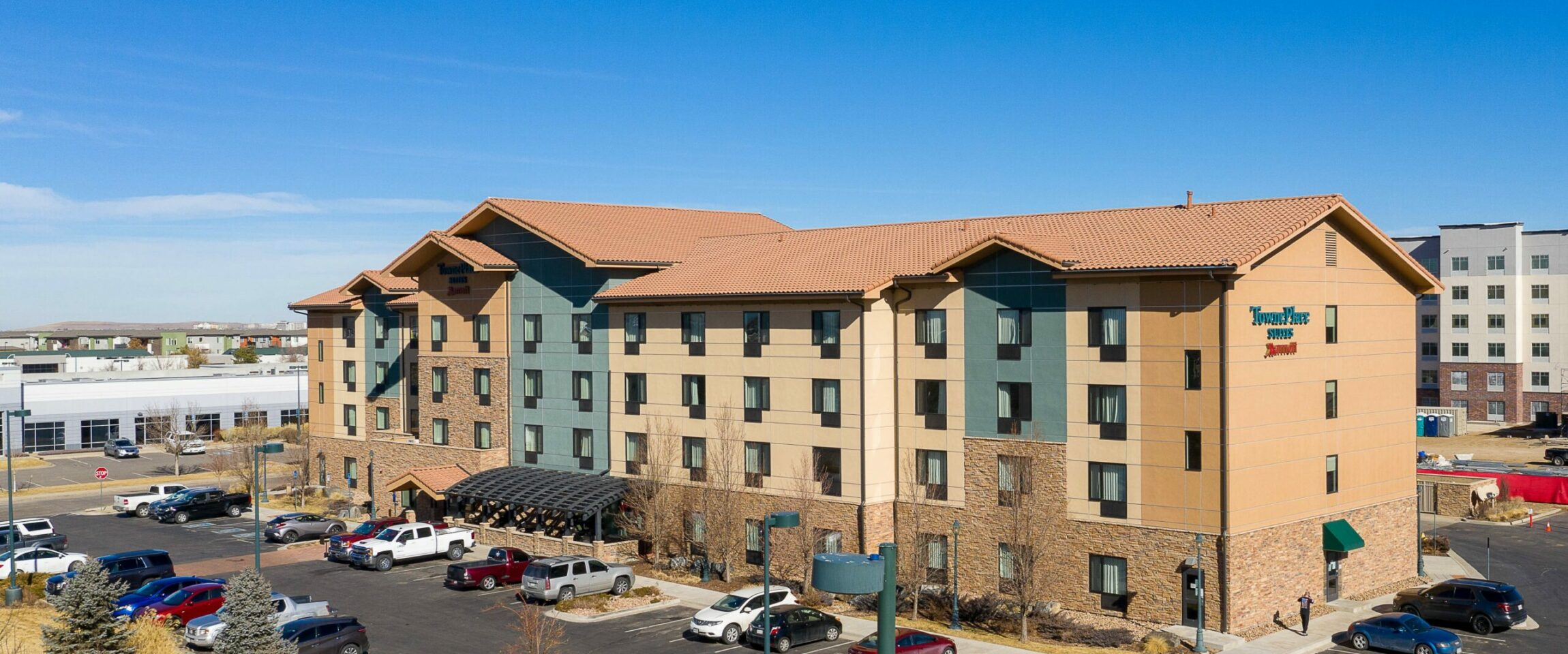 Pennbridge acquired the 99 room Marriott TownePlace Suites Denver Airport @ Gateway Park in May of 2021. The Hotel is located in the middle of Gateway Park which is only 4 miles from the Green Valley Ranch Golf Club, 6 miles from the Aurora Fox Arts Center, and 11 miles… Continue Reading..